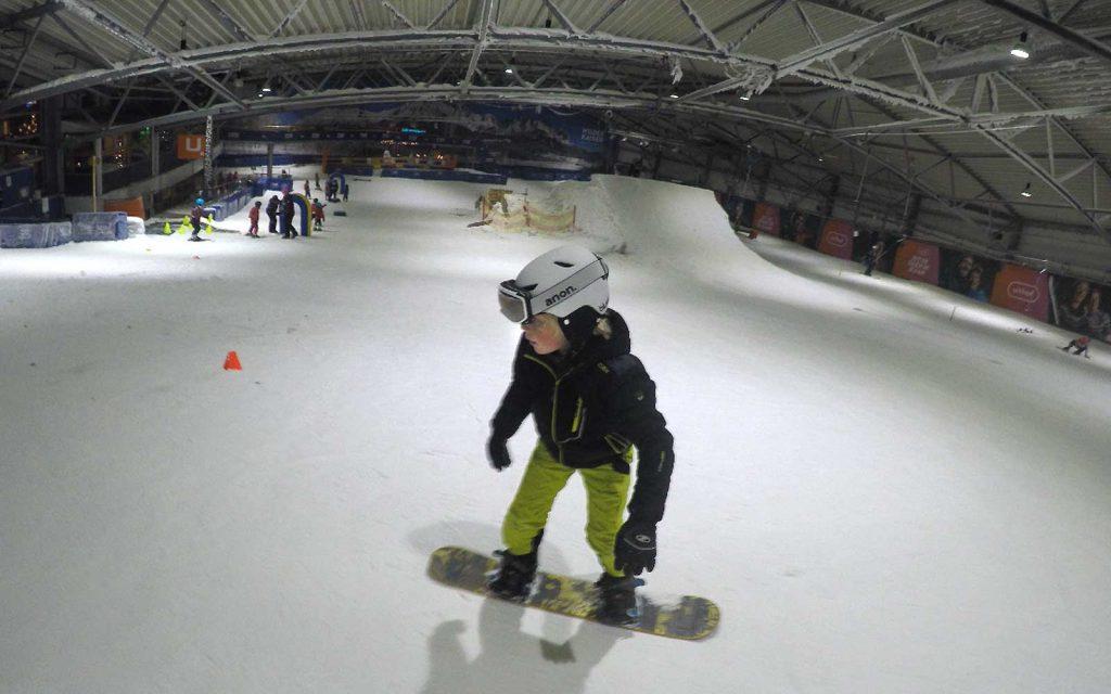 Surf's Cool! naschoolse snowboarding bij de Uithof Den Haag