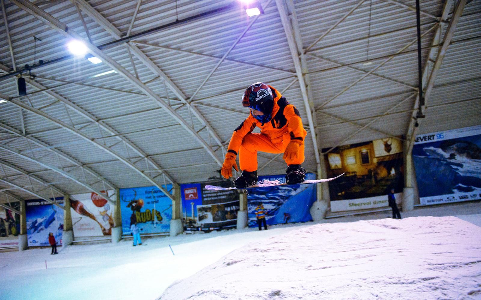 Snowboarden bij Snow Planet in Amsterdam